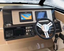 Sea Ray Sundancer 320 US Vorschaubild 3